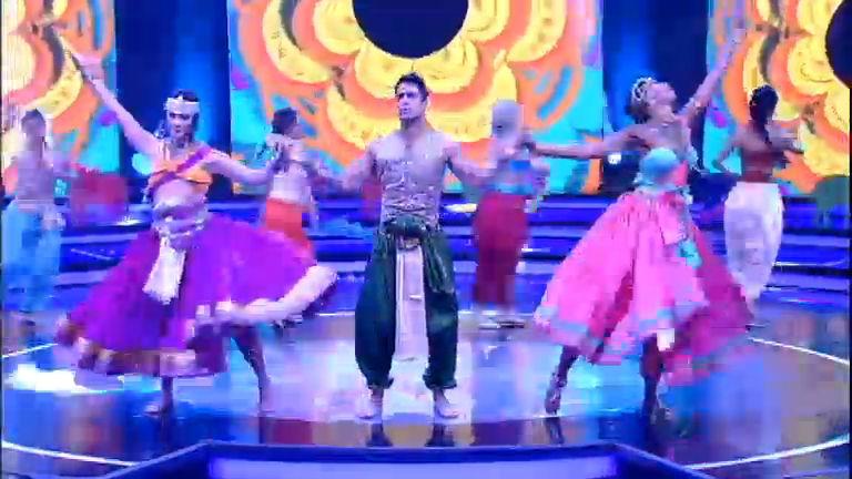 Corona, Camila e Micael empolgam plateia com apresentação de ...
