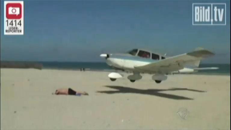 Avião quase atinge banhista durante pouso em ilha da Alemanha ...