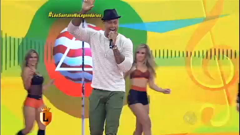 Leó Santana agita o Legendários com a novidade Me Domina ...