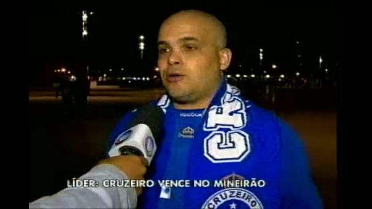 Cruzeiro vence o Vitória e continua líder do Brasileirão - Minas ...