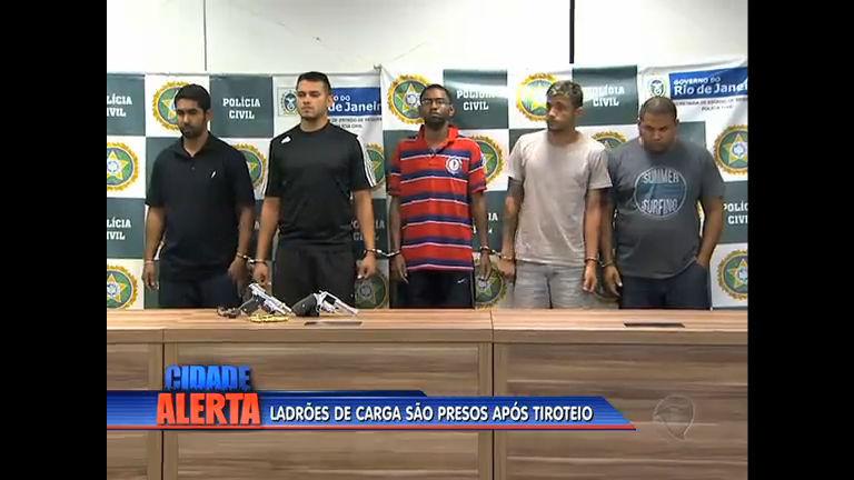 Após tiroteio, ladrões de carga são presos na Baixada Fluminense ...
