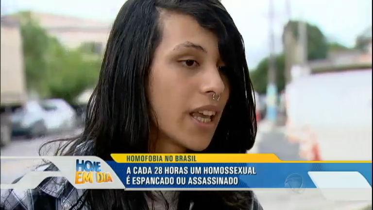 Gabriel é agredido por homofóbicos; a cada 28 horas um ...