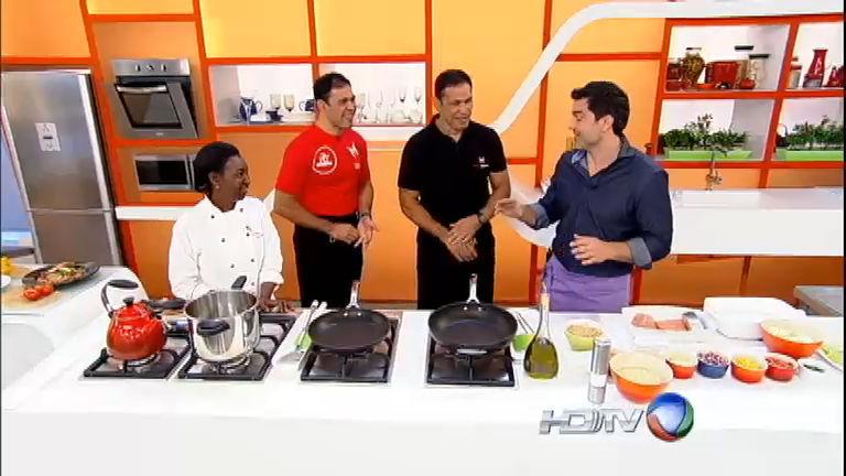 Edu Guedes ensina Minotauro e Minotouro a fazer salmão grelhado ...