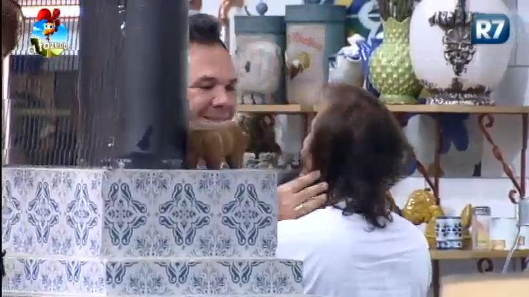 """""""O Brasil sabe quem tem bom coração"""", diz Roy Rossello para ..."""