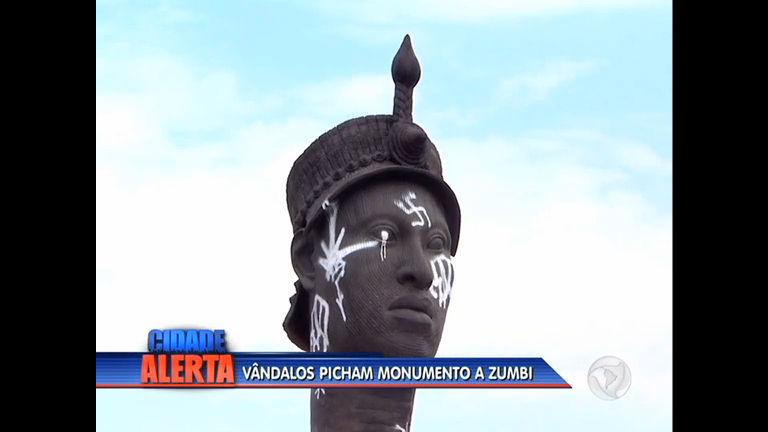 Vândalos picham estátua de Zumbi do Palmares na av Presidente ...