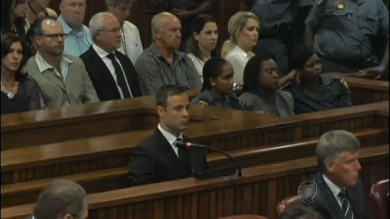 Oscar Pistorius é condenado a cinco anos de prisão pelo ...