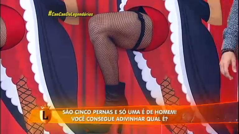 Léo Áquilla tenta adivinhar qual é a perna de homem no Can Can ...