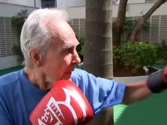 Esporte Fantástico acompanha volta aos treinos do ex- pugilista ...