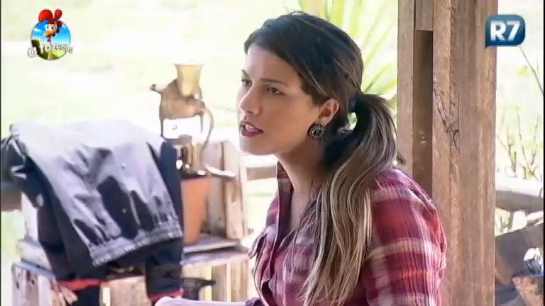 Babi revela que está chateada com atitudes de Débora - A Fazenda ...