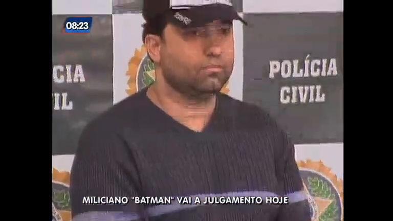 """Miliciano """"Batman"""" acusado de homicídio qualificado será julgado ..."""