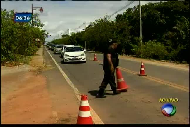 Barreiras para turistas gera polêmica em praia do Forte - Bahia - R7 ...