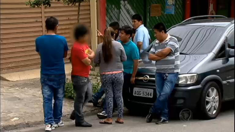 Bandidos invadem casa de bolivianos e matam homem em São Paulo