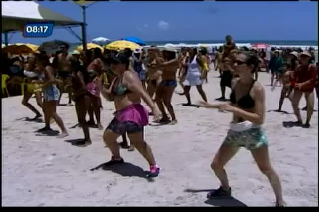 Projeto Verão da Record Cabrália anima praia baianos e turistas ...