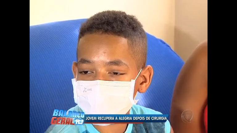 Menino com rara doença degenerativa consegue transplante de pulmão depois de três anos