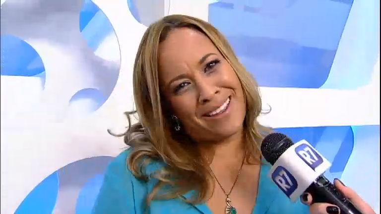 Intervalo  Renata Alves tem receio de cortar o cabelo curto e ficar armado  - RecordTV - R7 Hoje em Dia b831952761