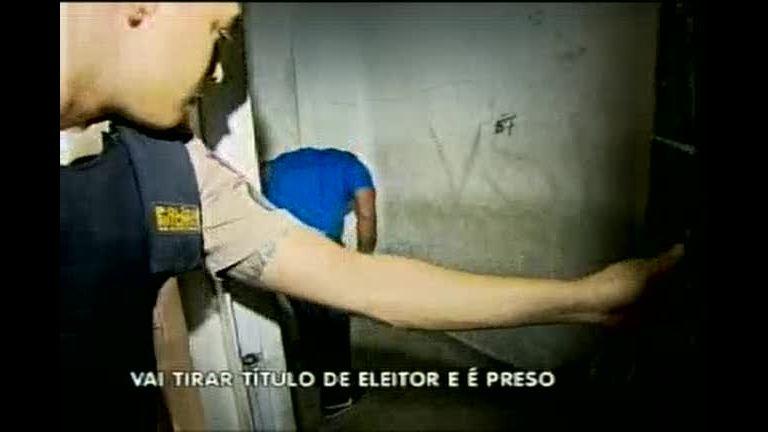 Jovem é preso na fila de atendimento do TRE em BH