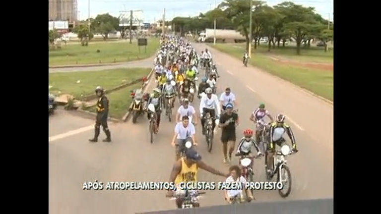 Ciclistas se reúnem no Gama para pedir paz no trânsito