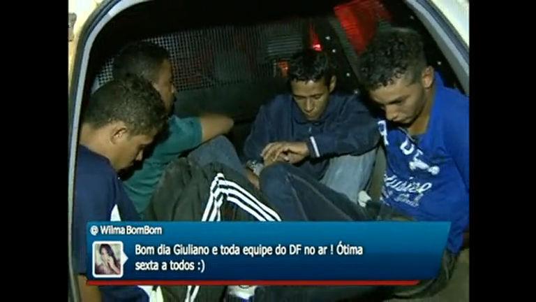 Quadrilha é presa em Águas Lindas após roubar veículo em ...