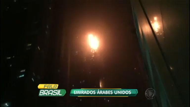 Prédio de 79 andares pega fogo em Dubai - Notícias - R7 Fala Brasil