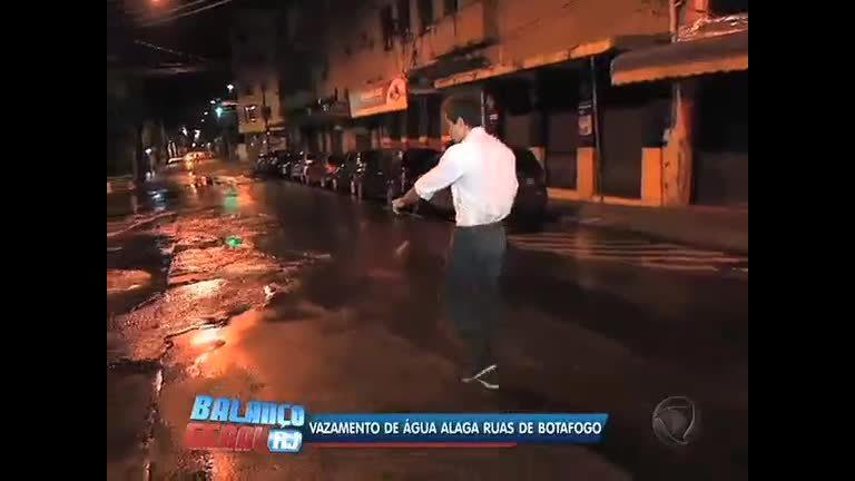 Vazamento de água alaga ruas de Botafogo ( RJ) - Rio de Janeiro ...