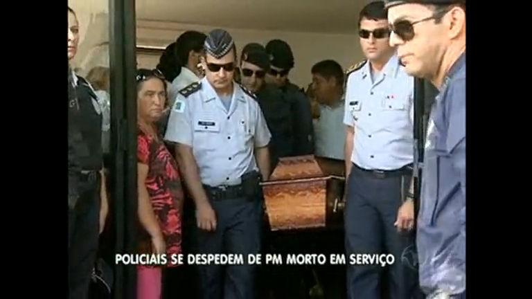 4 mil participam de enterro de policial morto em serviço - Distrito ...