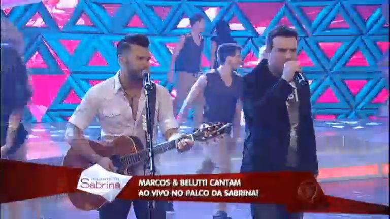 Plateia vai à loucura com sucesso de Marcos e Belutti ...