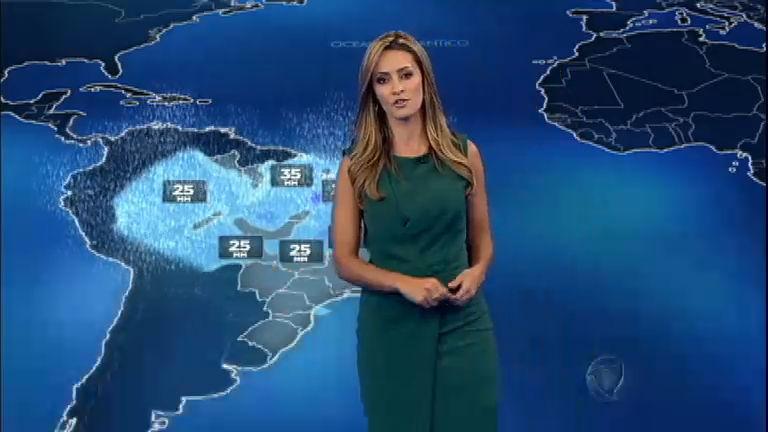 Imagens de satélite mostram o tempo aberto no Centro-Sul do País ...