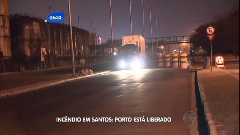 Acesso ao porto de Santos (SP) é liberado após fim de incêndio ...