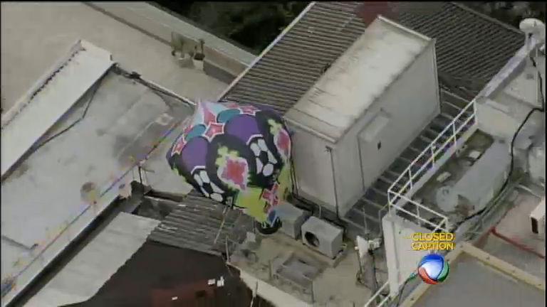 Balão cai próximo ao aeroporto Santos Dummont, no Rio - Rede ...