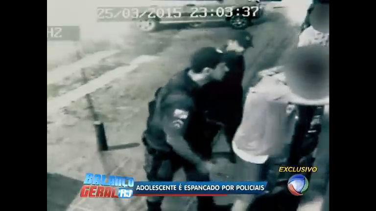 Flagrante: policiais agridem menor em Teresópolis (RJ) - Rio de ...