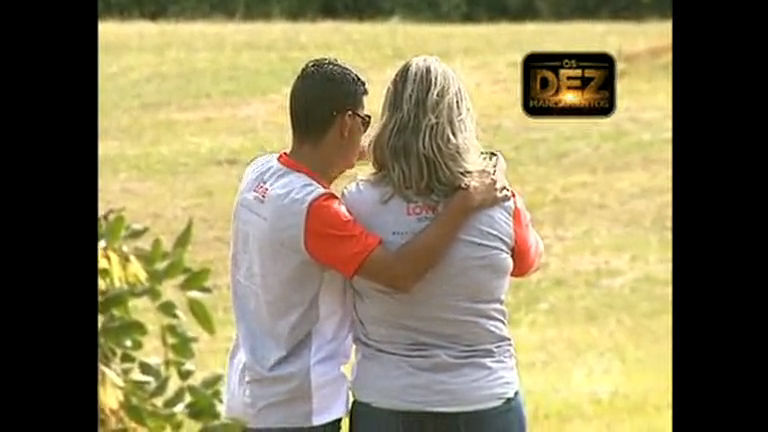 Caminhada do amor reúne casais no Parque da Cidade, em Brasília