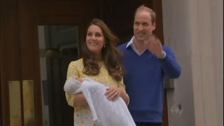 Primeira polêmica? Nome da nova herdeira da Família Real divide ...