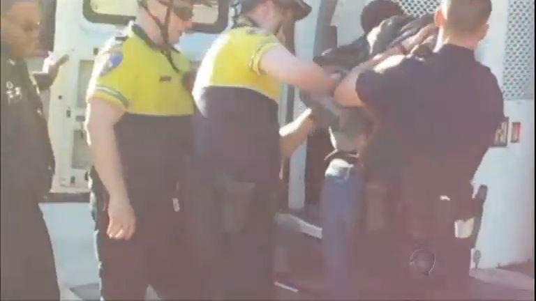 ONU critica uso excessivo da força policial em Baltimore, nos EUA ...