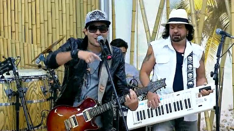 Reveja o programa com a banda Chiclete com Banana - Bahia - R7 ...