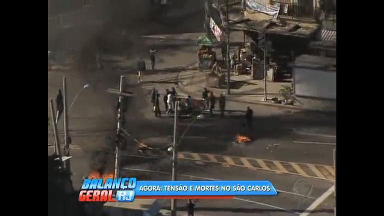 Moradores do morro do São Carlos entram em confronto com a polícia após morte de mototaxistas