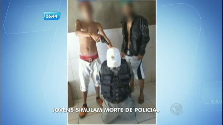 Adolescentes são detidos após simular a execução de um policial ...