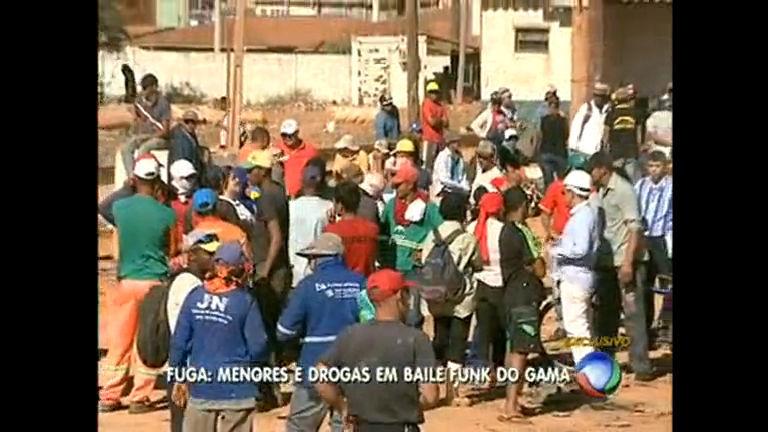 Catadores fazem protesto na Estrutural - Rede Record