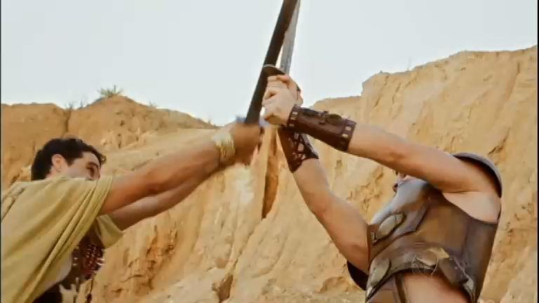 Moisés luta com oficiais egípcios e leva a melhor - Entretenimento ...