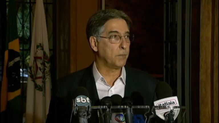 Governador de Minas Gerais rebate denúncias que envolvem esposa