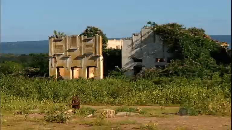 Conheça a cidade fantasma no sertão do Ceará que abriga apenas ...