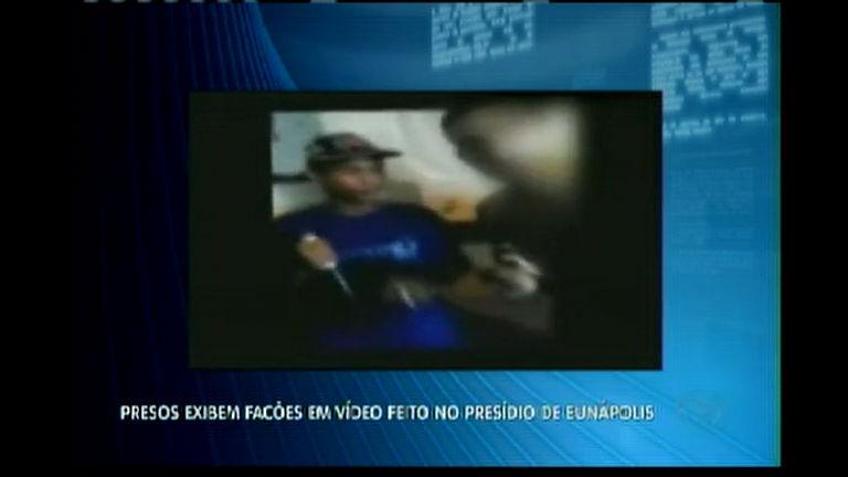Presos exibem facões em vídeo feito no presídio de Eunápolis ...