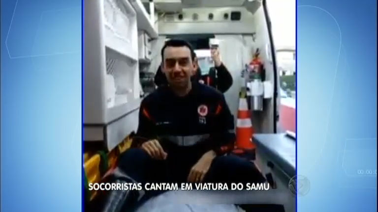 Socorristas do Samu fazem dublagem em ambulância e causam ...
