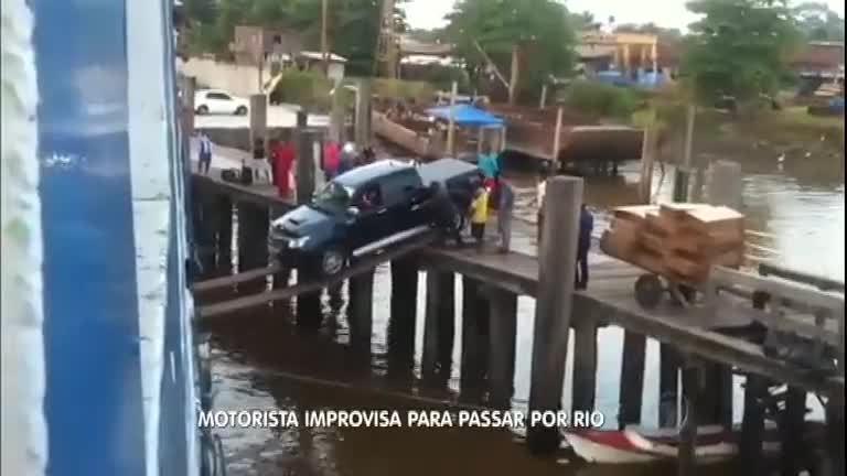 Que loucura! Motorista de carro de luxo tenta passar em ponte ...