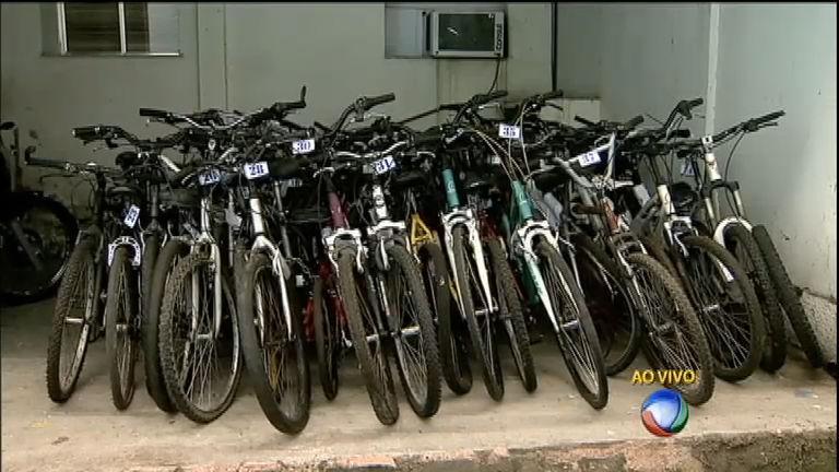 Polícia conta com a ajuda de ciclistas para encontrar donos de bicicletas roubadas