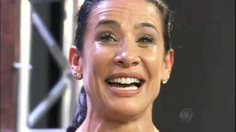 Scheila Carvalho cai no choro durante pegadinha armada por ...