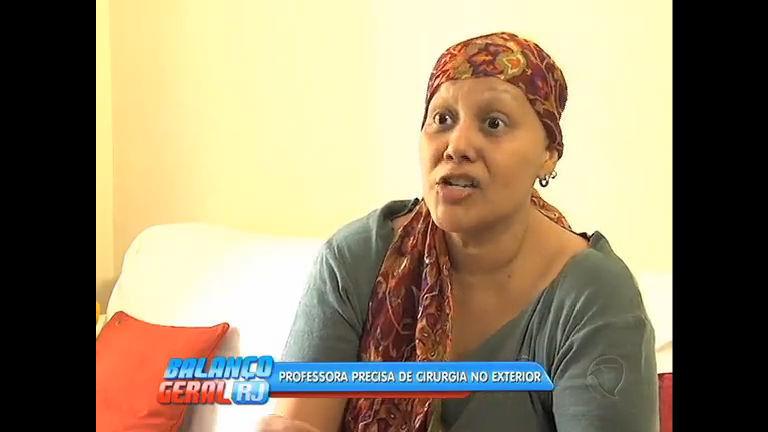 Professora com câncer precisa de ajuda para tratamento no exterior