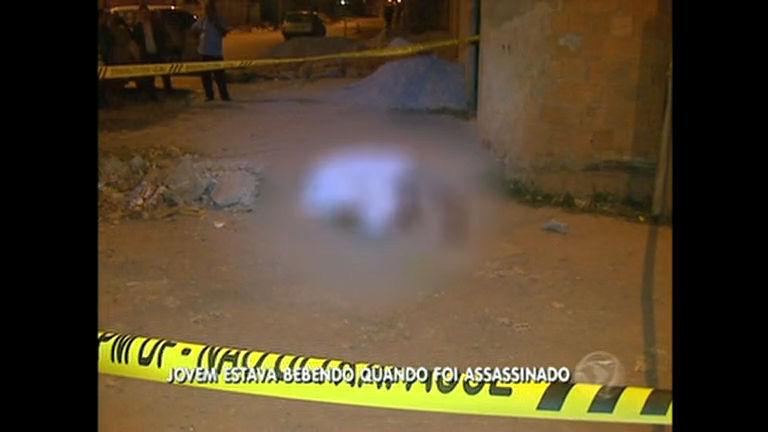 Jovem é morto em Ceilândia - Rede Record