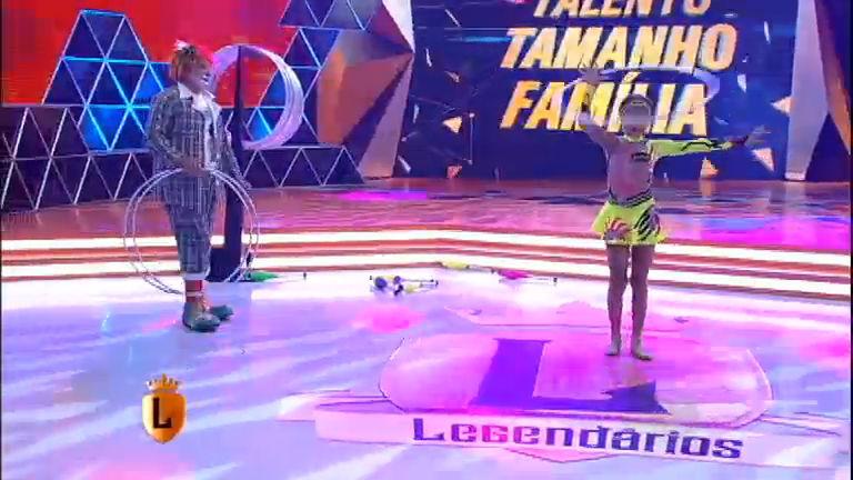 Talento Tamanho Família: pai e filha fazem performance ...