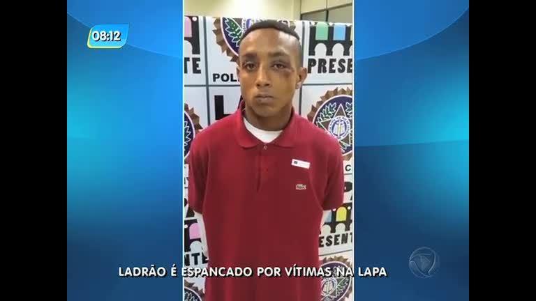 Suspeito de assalto é espancado por vítimas e preso na Lapa (RJ)