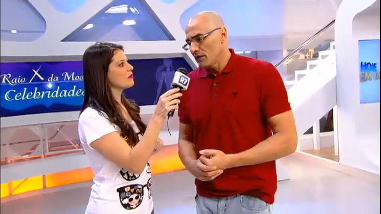 Intervalo: Luciano Szafir conta como faz quando não pode usar os óculos em cena